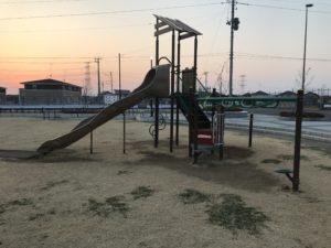 陣場ふれあい公園の遊具